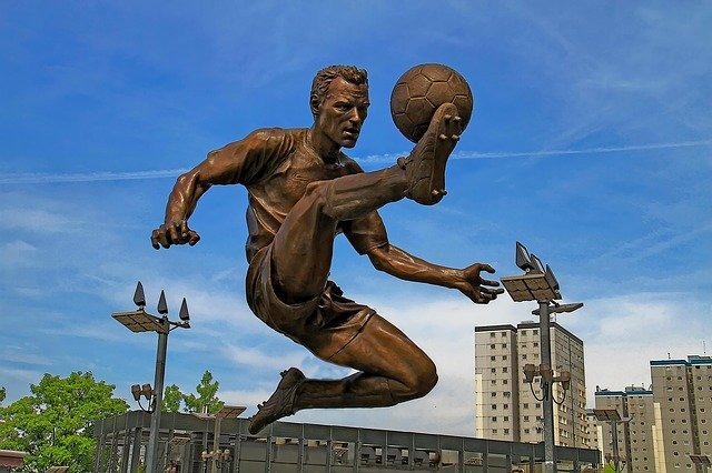socha fotbalisty